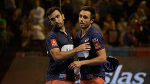 Fernando Belasteguín y Pablo Lima tras ganar en Granada.