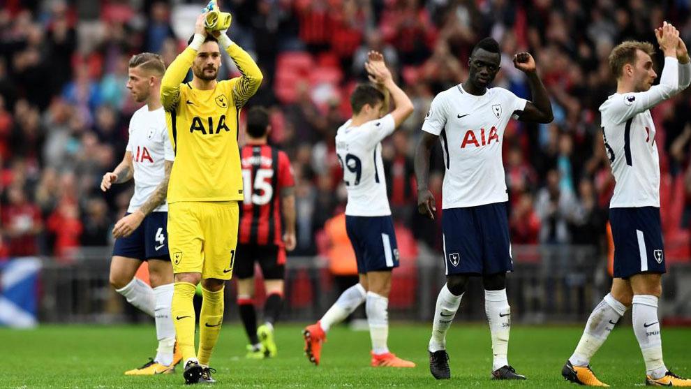 Los jugadores del Tottenham celebran la última victoria