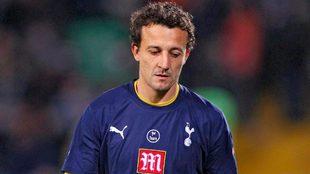César Sánchez durante un partido con el Tottenham