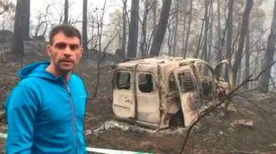 Óscar Pereiro contemplando los destrozos del incendio en Galicia