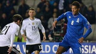 Eddy Silvestre jugando frente a Alemania