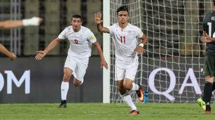 Los jugadores iraníes celebran un gol en el Mundial sub 17.