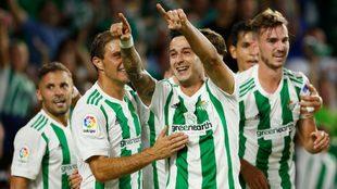 León celebrando un gol