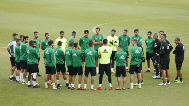 Barragán y Campbell, a tope en el regreso a los entrenamientos
