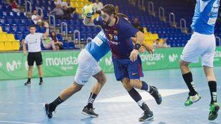 Raúl Entrerríos durante el Barcelona - Atl. Valladolid