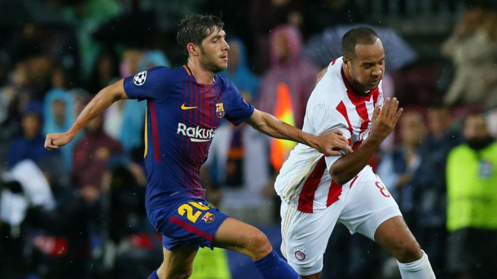 Sergi Roberto, en una acción en el choque contra el Olympiacos.