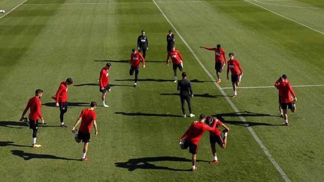 El Atlético vuelve al trabajo sin Koke
