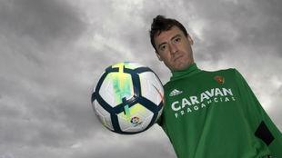 Cristian Álvarez posa para MARCA en la Ciudad deportiva.