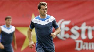 Víctor Sánchez se ejercita en la Ciudad Deportiva.