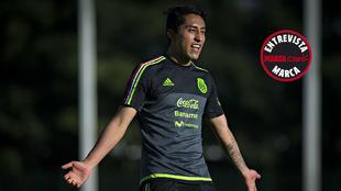 Omar Govea, con la selección mexicana en una concentración.