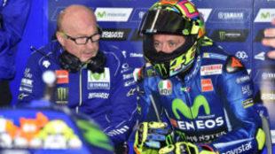 Valentino Rossi, en su 'box' en Phillip Island este viernes