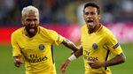 Dani Alves desvela cómo Neymar deshojó la margarita para fichar o no por el PSG