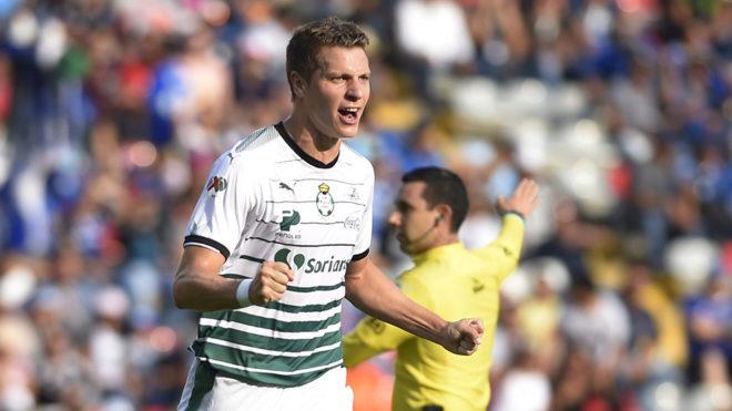 Santos logra pase a cuartos de final con triunfo sobre Necaxa
