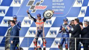 Marc Márquez, en el podio de Phillip Island