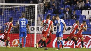 Aday celebra el primer tanto del Girona en Riazor.