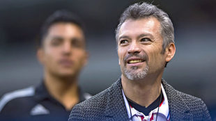 José Luis Higuera revela que contactaron a Carlos Vela.