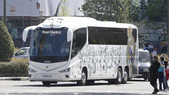 REAL MADRID-TEAM BUS