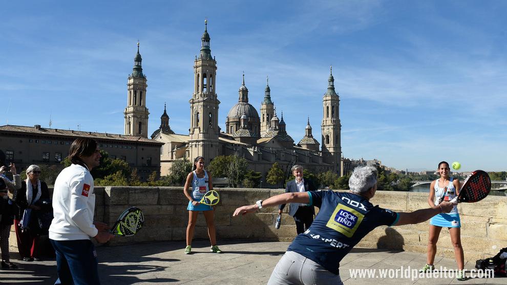 El alcalde de Zaragoza participó en un peloteo con Mieres, Lamperti y...