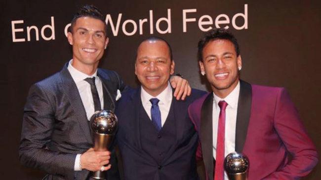Neymar padre con su hijo y Cristiano Ronaldo