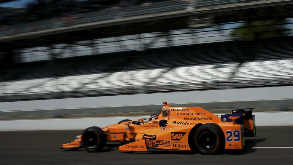 Fernando Alonso, durante los entrenamientos de la Indy500