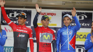 Podio final de la Vuelta a Andalucia: primero, Valverde, segundo;...
