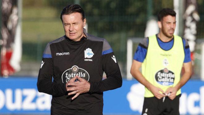 Cristobal Parralo, durante el entrenamiento del Deportivo