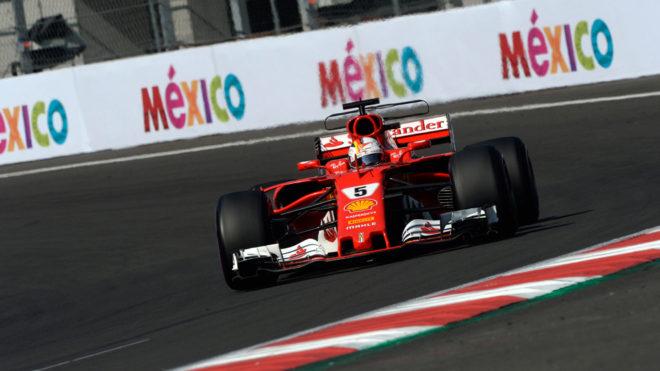 Vettel, a los mandos de su Ferrari