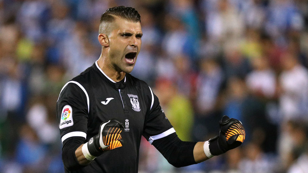 El Pichu Cuellar ante el Atlético de Madrid
