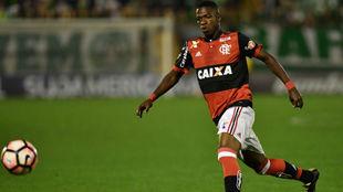 Vinicius, durante un partido con el Flamengo
