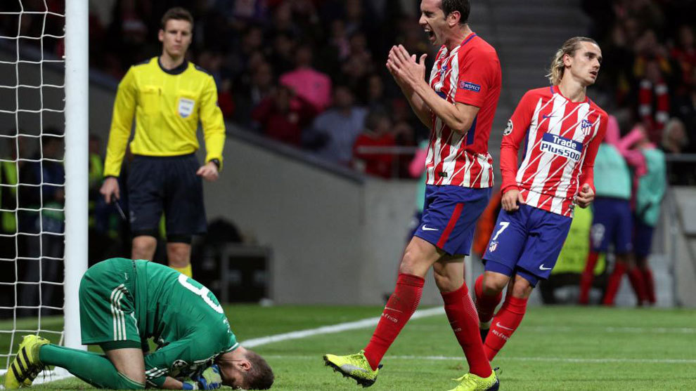 Godin: If I had the solution to Atletico's woe then I would be Simeone