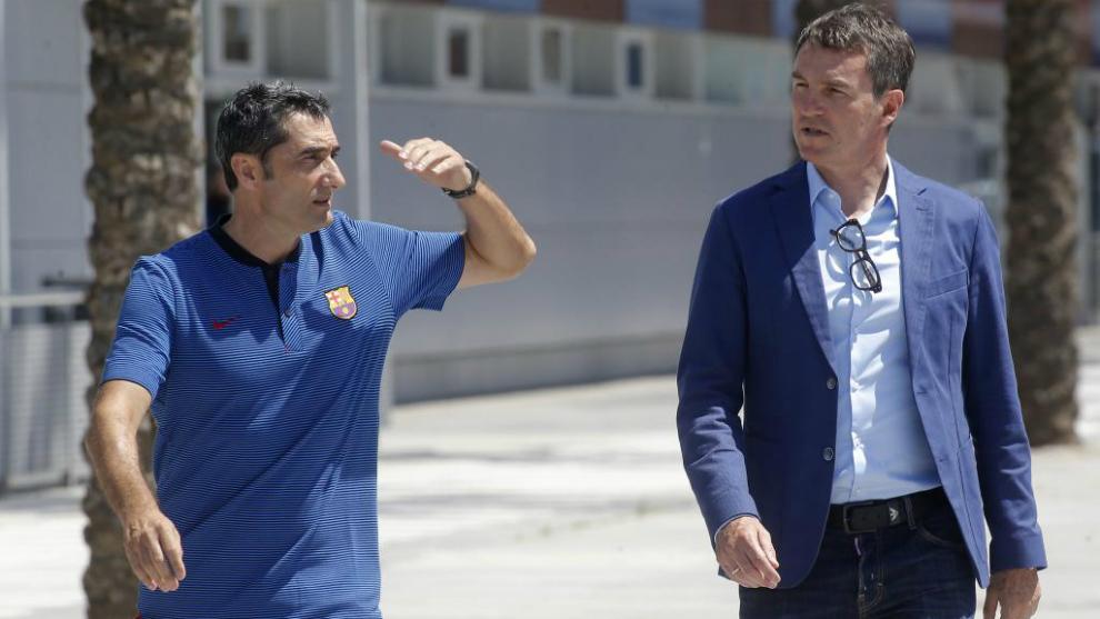 Valverde y Robert, antes de una rueda de prensa.