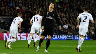 Cristiano lament�ndose de una jugada ante el Tottenham.