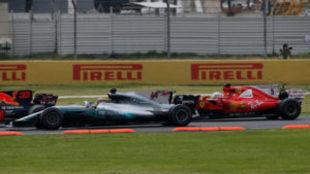 Vettel, antes de embestir a Hamilton en el pasado GP de M�xico.
