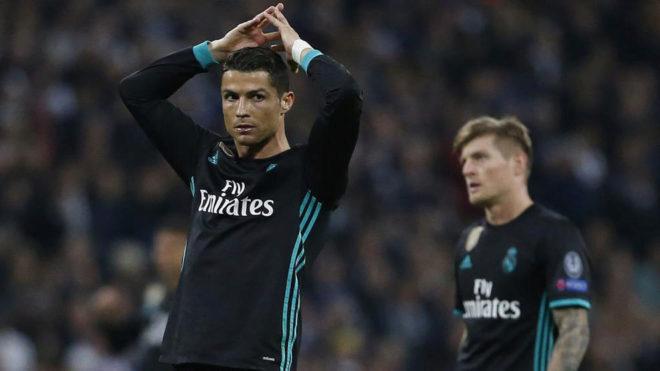 Cristiano Ronaldo, lamentándose en Wembley.