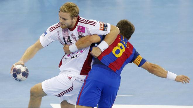 Palmarsson, en un partido con el Veszprem frente al Barcelona