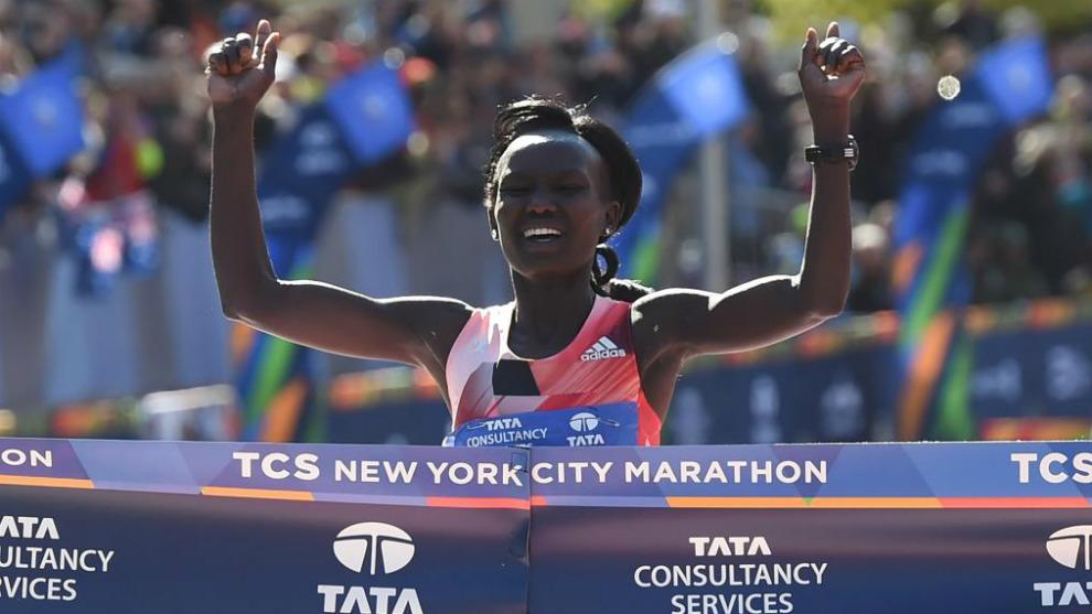 Mary Jepkosgei Keitany entra en meta en el pasado maratón de Nueva...