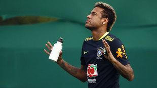 Neymar, en una entrenamiento de la selección de Brasil