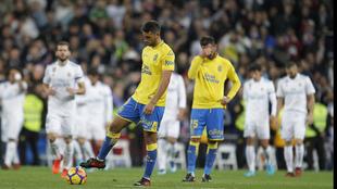 Los jugadores de Las Palmas en el partido contra el Real Madrid en el...