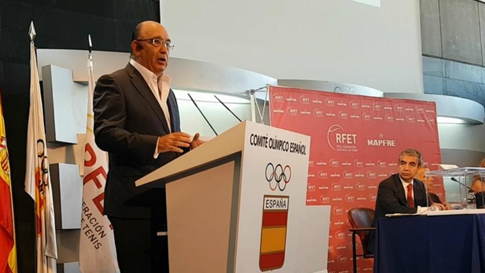 Miguel Díaz, en la sede del COE tras ser elegido presidente de la...