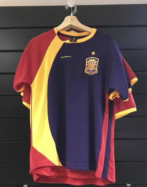 Selección de España: Ésta sí es la verdadera camiseta ...
