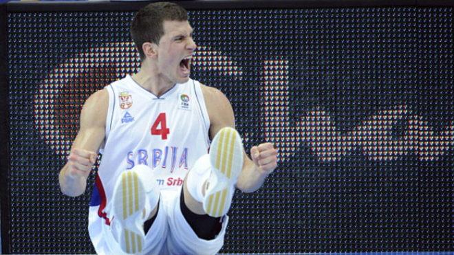 Nedovic, con la camiseta de Serbia.