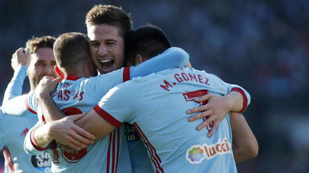 Los jugadores del Celta celebrando un gol ante el Athletic