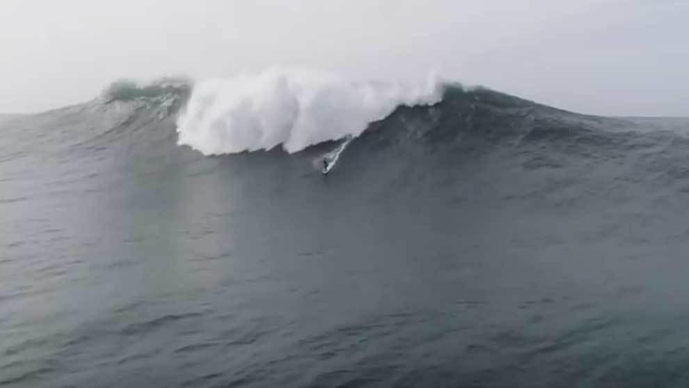 La mítica ola de Nazaré (Portugal), una leyenda real del surf