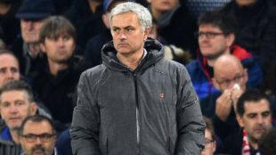 Mourinho, en un partido del Manchester United en la Premier League