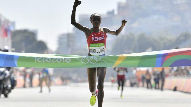 Jemima Sumgong, en el momento de ganar el maratón de los Juegos de...