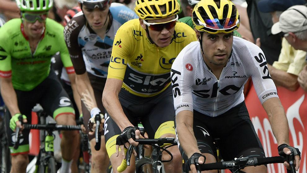 Mikel Landa marca el ritmo a Chris Froome en una etapa del Tour 2017.