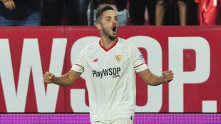 Pablo Sarabia celebra un gol en el S�nchez Pizju�n.