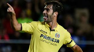 Trigueros celebra un gol en la Europa League.