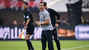 Cannavaro durante un partido con el Tianjin