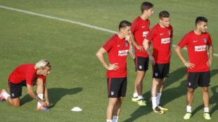 Los delanteros del Atl�tico en un entrenamiento
